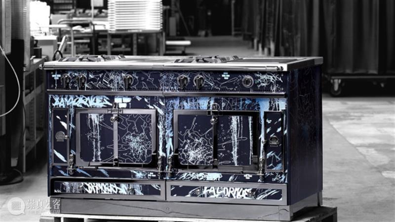 LA CORNUE × Cyril Kongo丨110周年限量款橱柜生产过程全解析 Kongo CORNUE 橱柜 Cyril 过程 右侧 二维码 原文 门票 地方 崇真艺客
