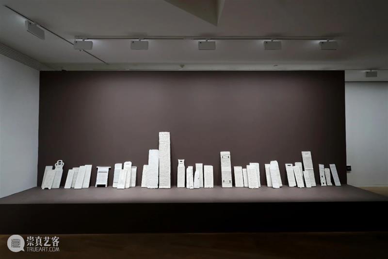 从泥土到语言,有关陶瓷的无限想象 泥土 语言 陶瓷 上海明珠美术馆 媒介 现场 艺术家 方式 材料 艺术 崇真艺客