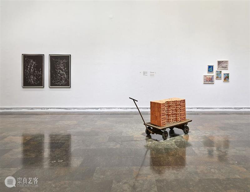 莫娜·哈透姆(Mona Hatoum)全新个展正在西班牙瓦伦西亚现代美术学院展出 Hatoum 莫娜 哈透姆 个展 西班牙瓦伦西亚现代美术学院 exhibition view Modern IVAM Valencia 崇真艺客