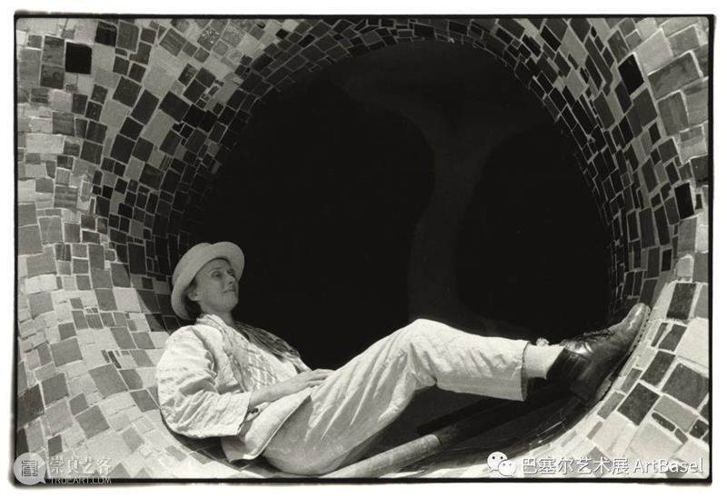 妮基·桑法勒,非因叛逆而为 博文精选 巴塞尔艺术展 妮基 桑法勒 传统 纽约现代艺术博物馆 MoMA 个展 策展人 Katrib 艺术家 词汇 崇真艺客