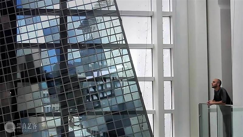 漂浮在空中的巨型丝带,将大自然图腾藏进博物馆 视频资讯 Moji 大自然 丝带 图腾 博物馆 资料 vimeo 网络 字幕 出处 玻璃 崇真艺客