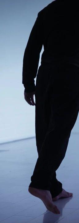 """演出导赏推介会招募中 三具流泪的身体 一次粉碎""""审判""""的审判 崇真艺客"""