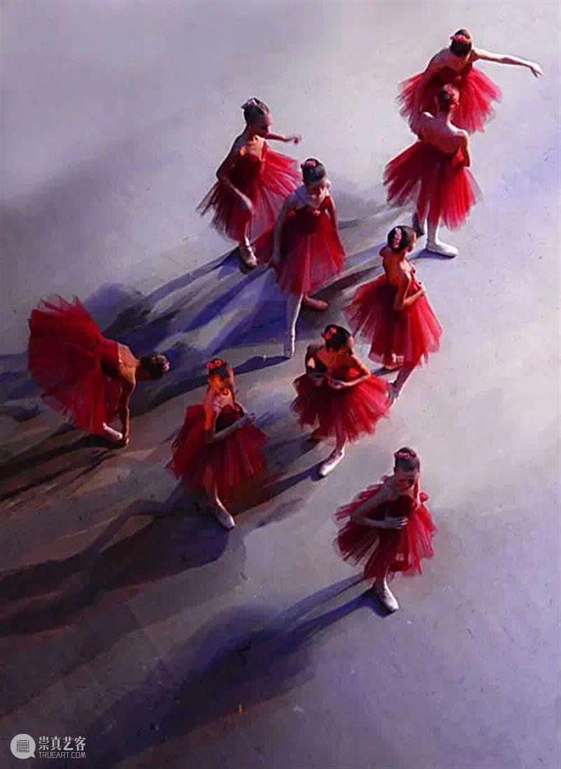 摄影   摄影的丰富细节与绘画的狂放线条相结合,一幅幅如画如影的印象芭蕾 细节 狂放 线条 印象 芭蕾 上方 中国舞台美术学会 右上 星标 本文 崇真艺客