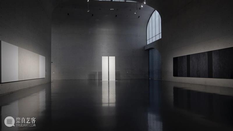 正在展出|玛丽·阔思 (Mary Corse) 个展「以光作画」|龙美术馆 玛丽 阔思 龙美术馆 Corse 个展 现场 西岸 韩小易 亚洲 首场 崇真艺客
