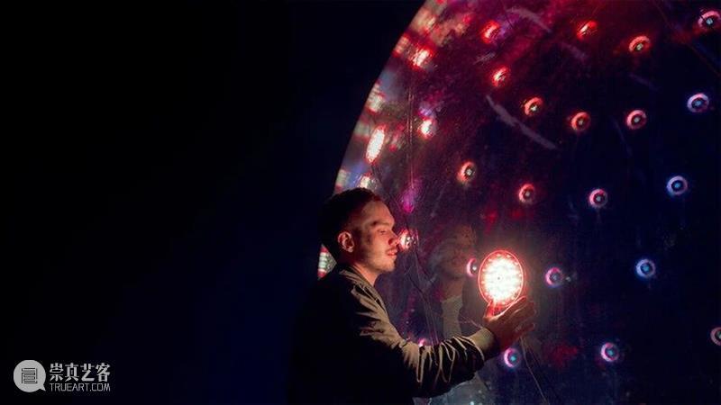 火爆全球的灯光互动装置,未来灯光创意的新玩法 灯光 装置 创意 未来 玩法 全球 时代 技术 光芒 媒介 崇真艺客
