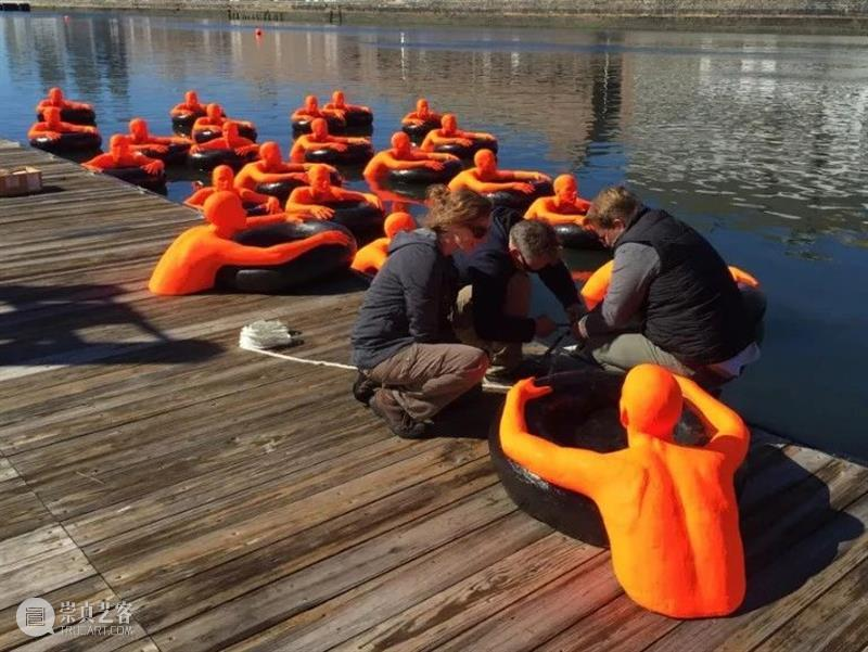SOS橙色漂浮雕塑 雕塑 SOS 橙色 中国 艺术 CPA 门户 北京中城雕艺术设计院 中国建筑文化中心公共艺术部联合主办 全球 崇真艺客