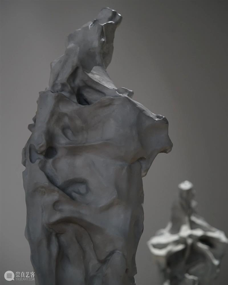LONG活动 | 公益对谈:周褐褐的艺术创作与音乐记忆(还有少量名额哦) 崇真艺客