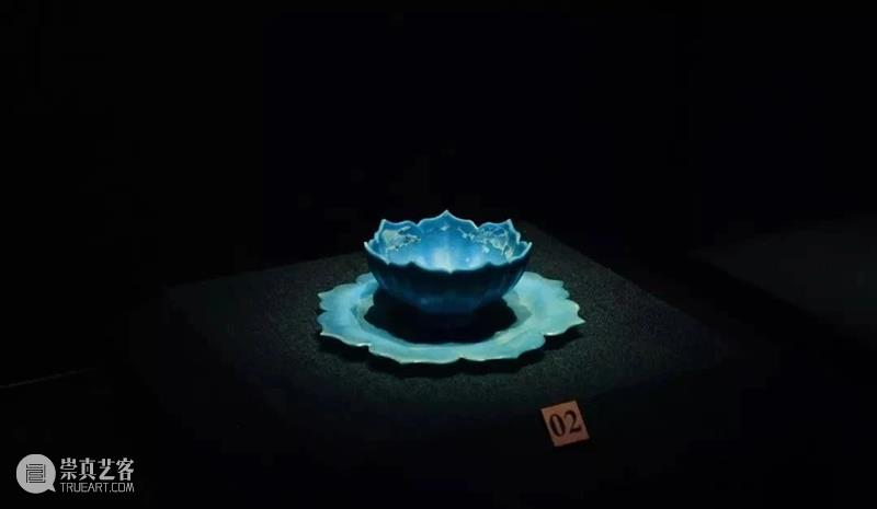 迄今为止,这是我国出土最完整的一套元代玻璃托盏,惊艳无比! 元代 玻璃 上方 青铜器 账号 木雕 文化 知识 木材 要点 崇真艺客