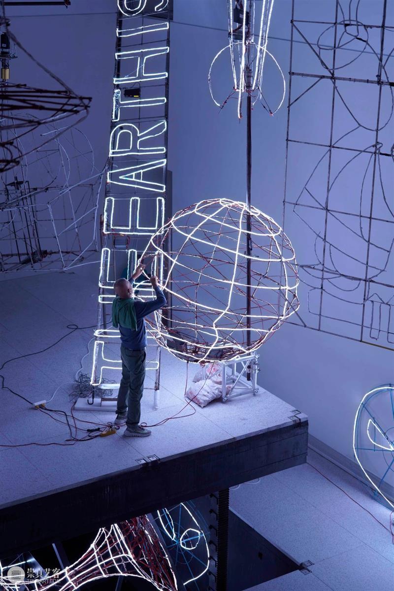 9月上海   13个不可错过的新媒体艺术展 上海 新媒体 艺术展 当代美术馆 chiK11美术馆 Lí Gallery西岸艺术中心 上海天文馆 APSMUSEUM昊美术馆 碎彩 崇真艺客