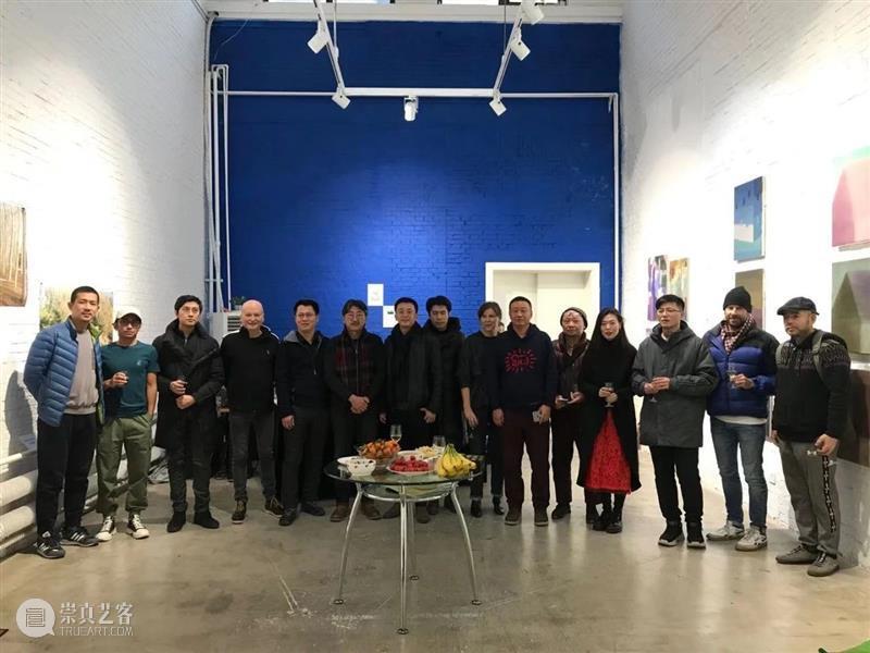 30周年   来自世界各地的艺术家一起交流、展览、座谈,太多有意思的活动 艺术家 世界 各地 活动 二维码 红门画廊 时间轴 Bosques 记忆 Vivian 崇真艺客