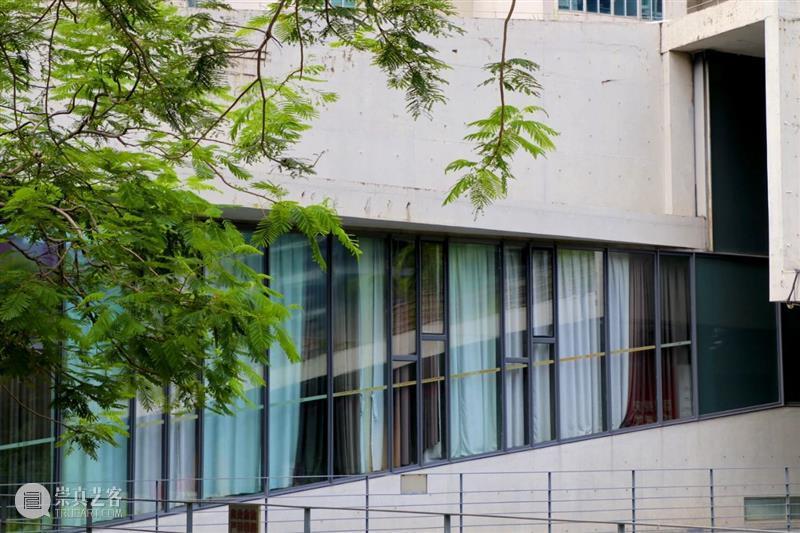 罗湖美术馆主展厅闭馆通知 罗湖美术馆 展厅 通知 市民 朋友 9:00 期间 美术馆 时代 湾区 崇真艺客