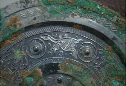 古代青铜器上的绝密纹饰解读!图文并茂! 纹饰 古代青铜器 上方 青铜器 账号 木雕 文化 知识 木材 要点 崇真艺客