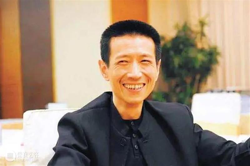"""他2.7亿拍下兽首却拒不付款:一个拍卖界的""""老赖"""",为何被称为""""民族英雄""""? 老赖 民族英雄 兽首 本文 公众 世界 华人 周刊 微信 wcweekly 崇真艺客"""