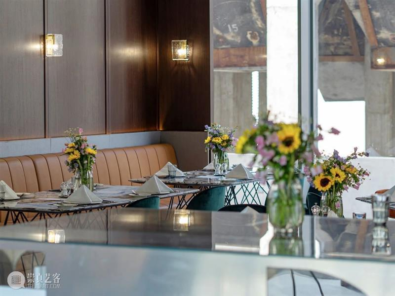 LONG餐厅   舌尖上的艺术品 餐厅 艺术品 LONG 舌尖 风景 滨江 堤岸 工业 风格 混凝土 崇真艺客