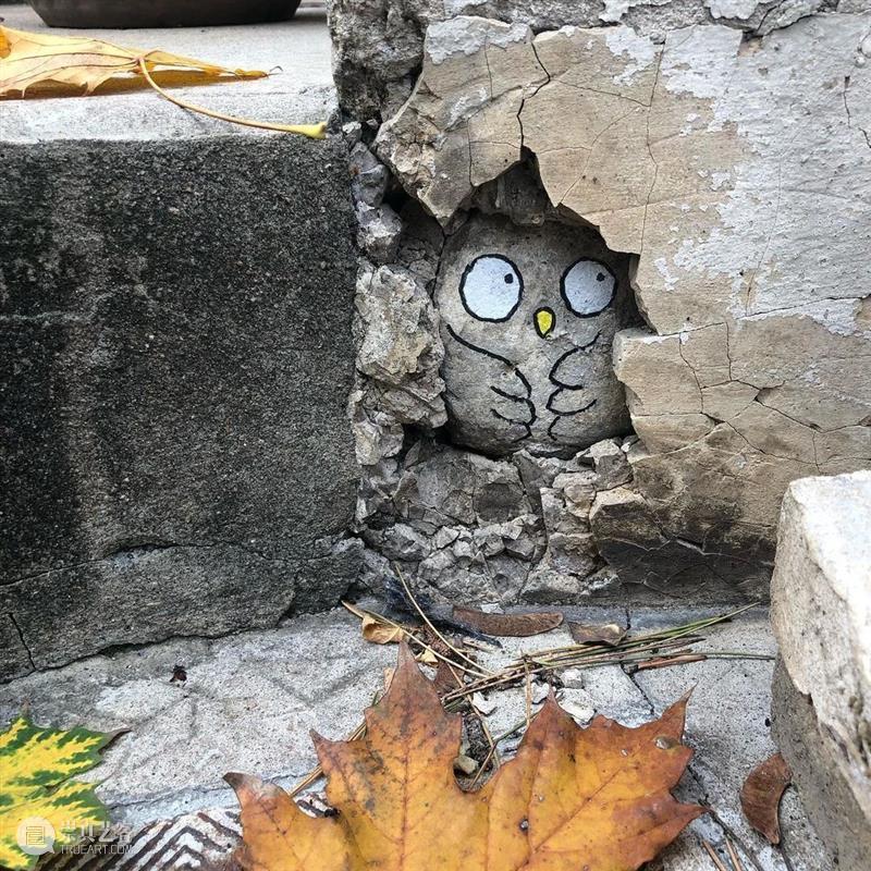 """"""" 街头艺术 """",身边的小风景一样可以玩起来,去试试吧! 街头 艺术 身边 风景 END 崇真艺客"""