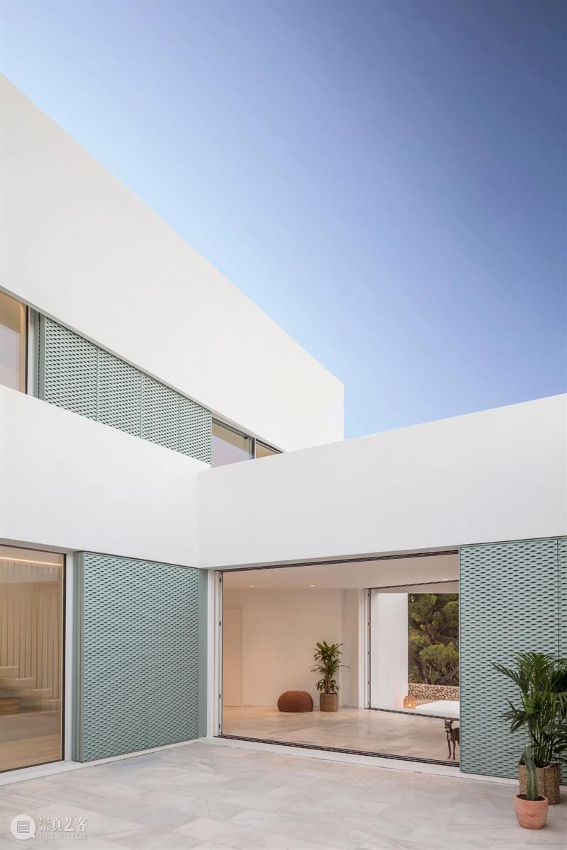 建筑丨Nomo/极简白的极致之美 建筑 丨Nomo 极简 极致 Studio Alicia Casals JohanNyqvist 巴塞罗那 斯德哥尔摩建筑事务所 崇真艺客