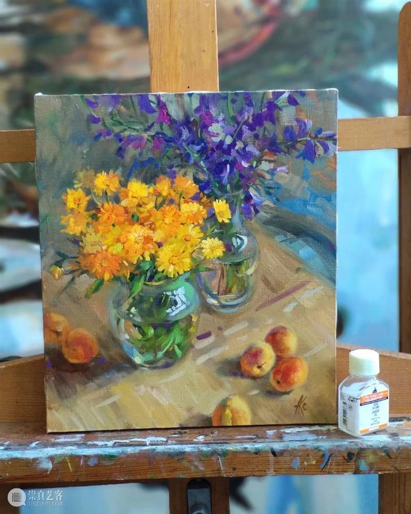 好的色彩画面源于对形体和颜色的尊重,你可一定要记住 ! 色彩 画面 形体 颜色 END 崇真艺客