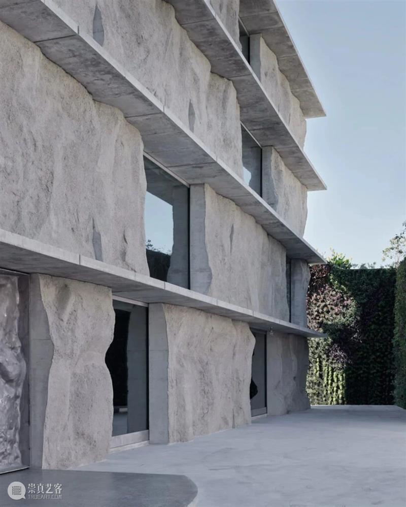 现场沙子筑模,n+1种方式造混凝土建筑 / Studio Anne Holtrop Holtrop 混凝土 建筑 方式 现场 沙子 Anne 大楼 结构 体块 崇真艺客