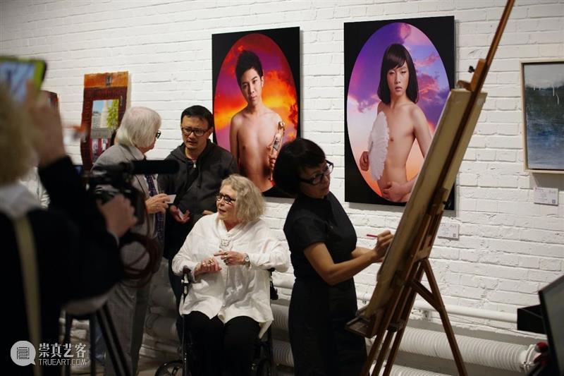 30周年   一个好的画廊是城市文化记忆的一部分 记忆 城市 文化 一部分 画廊 二维码 红门画廊 时间轴 Lianjie 郑连杰 崇真艺客