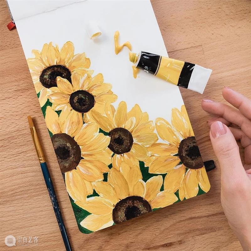 看到绿色和鲜花心情就会非常好,赶紧用画笔留住他们吧 ! 绿色 鲜花 心情 画笔 END 崇真艺客
