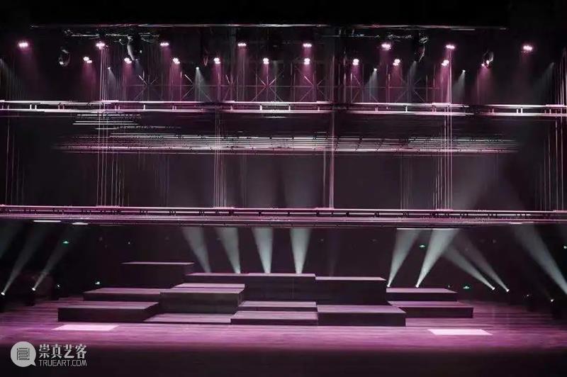 趋势   大力支持创新工程与文化演艺融合发展,全国一年新建10余家大剧场 全国 剧场 工程 文化 演艺 趋势 余家 上方 中国舞台美术学会 右上 崇真艺客