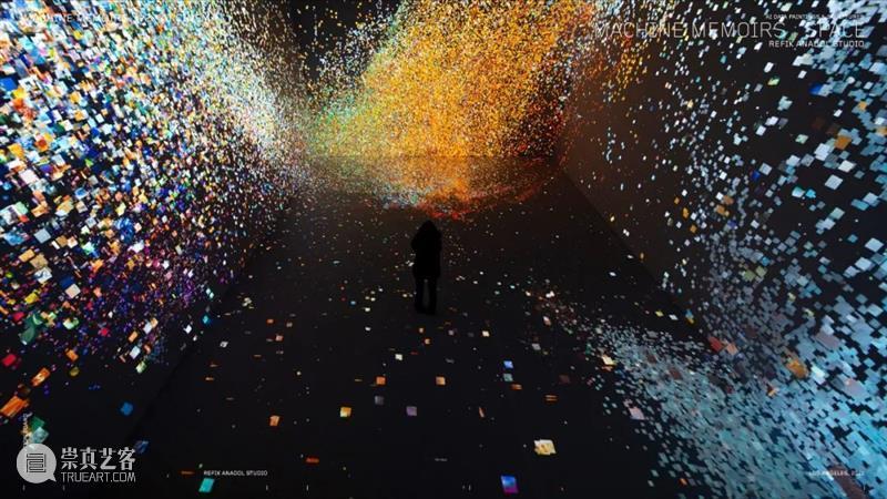 同行/梦中机器在梦中   Refik Anadol Anadol 机器 同行 梦中 土耳其 美国 艺术家 洛杉矶 生活 工作 崇真艺客