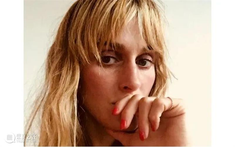 剧看世界|一位搅乱秩序代入混乱的女性导演  丁小真 导演 世界 秩序 女性 Lilja Rupprecht莉娅 鲁普雷希特 德国 剧场 莉娅 崇真艺客