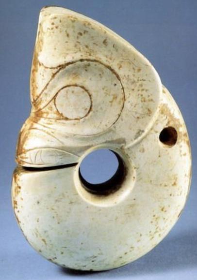 新课上线!《玉器到底是个啥》,带你走进博物馆中的玉器 玉器 新课 带你走进博物馆 中国 世界上 一群人 珠宝 店里 翡翠 天价 崇真艺客