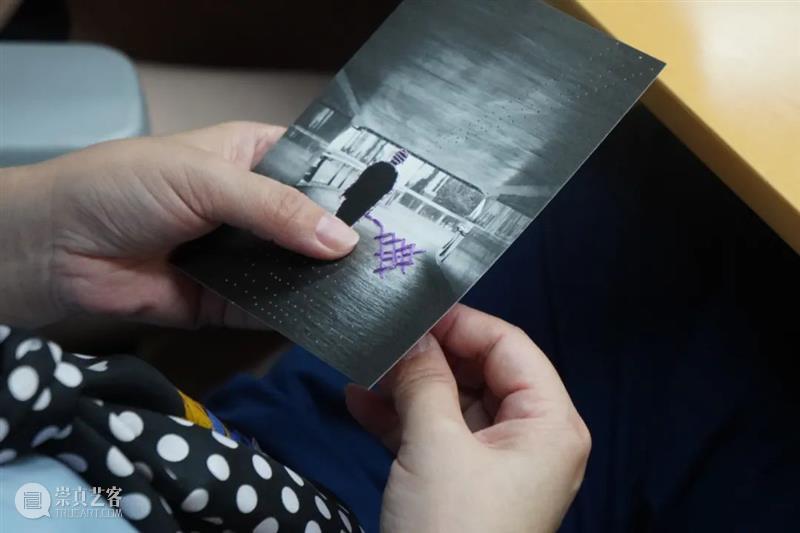"SCôP Workshop | ""摄影-刺绣""手工体验工作坊招募(第二期) 手工 工作坊 上海摄影艺术中心 SCoP 当前 希望 科特迪瓦 摄影师 乔安娜 乔玛利 崇真艺客"