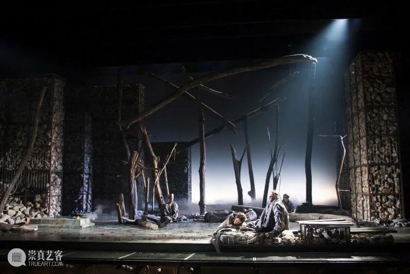 跨界设计使人获得灵感和保持警觉——汤姆·派伊的舞台世界 汤姆 派伊 灵感 世界 舞台 使人 上方 中国舞台美术学会 右上 星标 崇真艺客