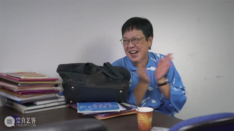 华语电影最伟大导演?想了解她,可以从这部片开始 华语 电影 导演 这部片 许鞍华 女导演 异议 纪录片 问题 答案 崇真艺客